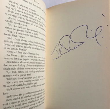 J.K. Rowling signature forgery listed for sale by rareandsigned.com and more than likely forged by J. Cullen of rareandsigned..