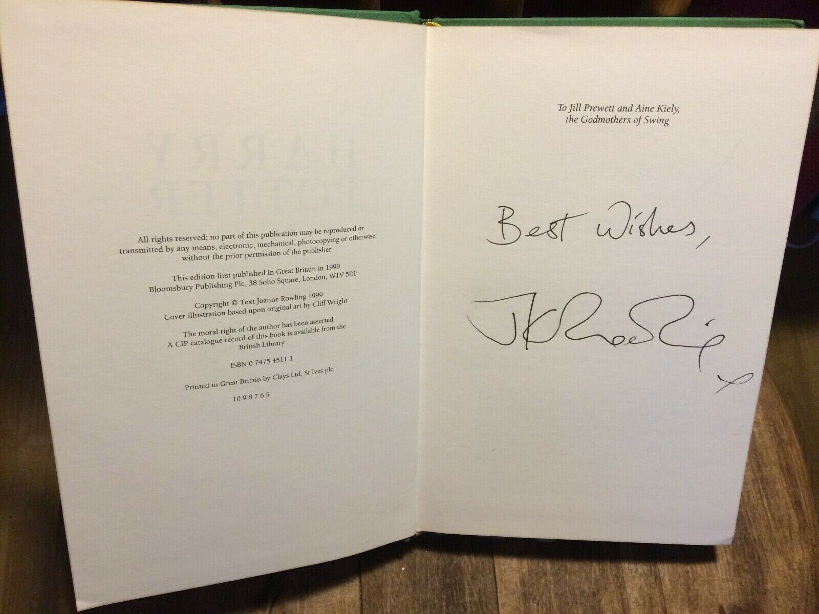 J.K. Rowling signature forgery found on ebay inside a UK Harry Potter and the Prisoner of Azkaban. Sold by beatjup0.